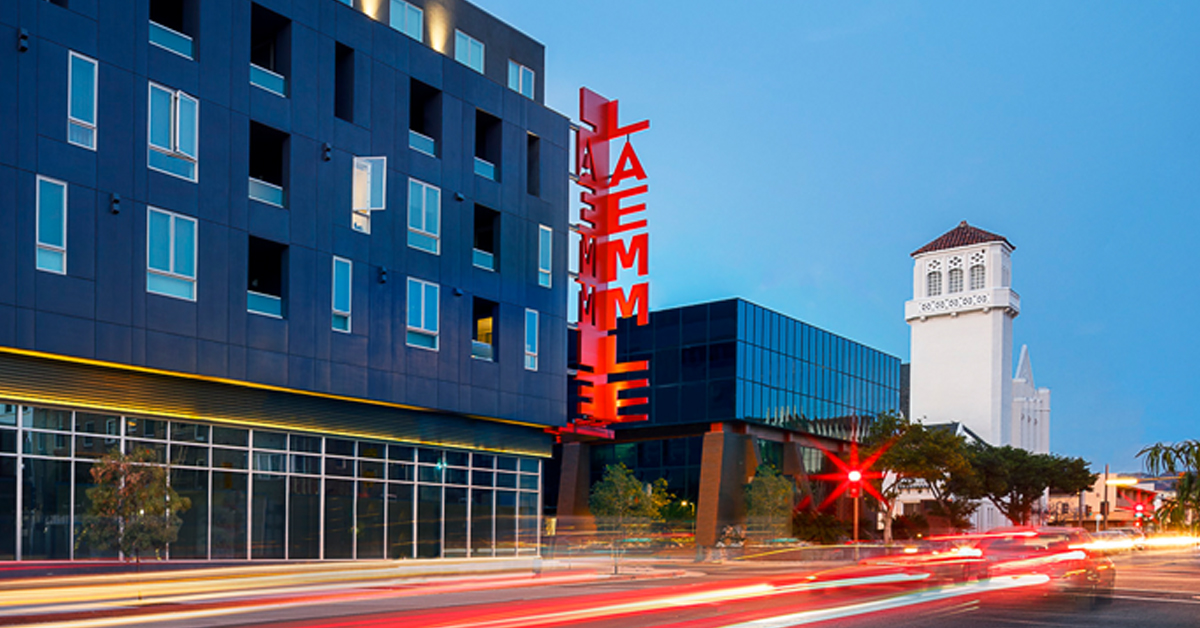 The Laemmle Glendale Is Part Of L Lofts Which Includes 42 Units Fully Leased Housing And Panda Restaurant Group S Inn Test